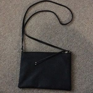 Simple cross-body bag!